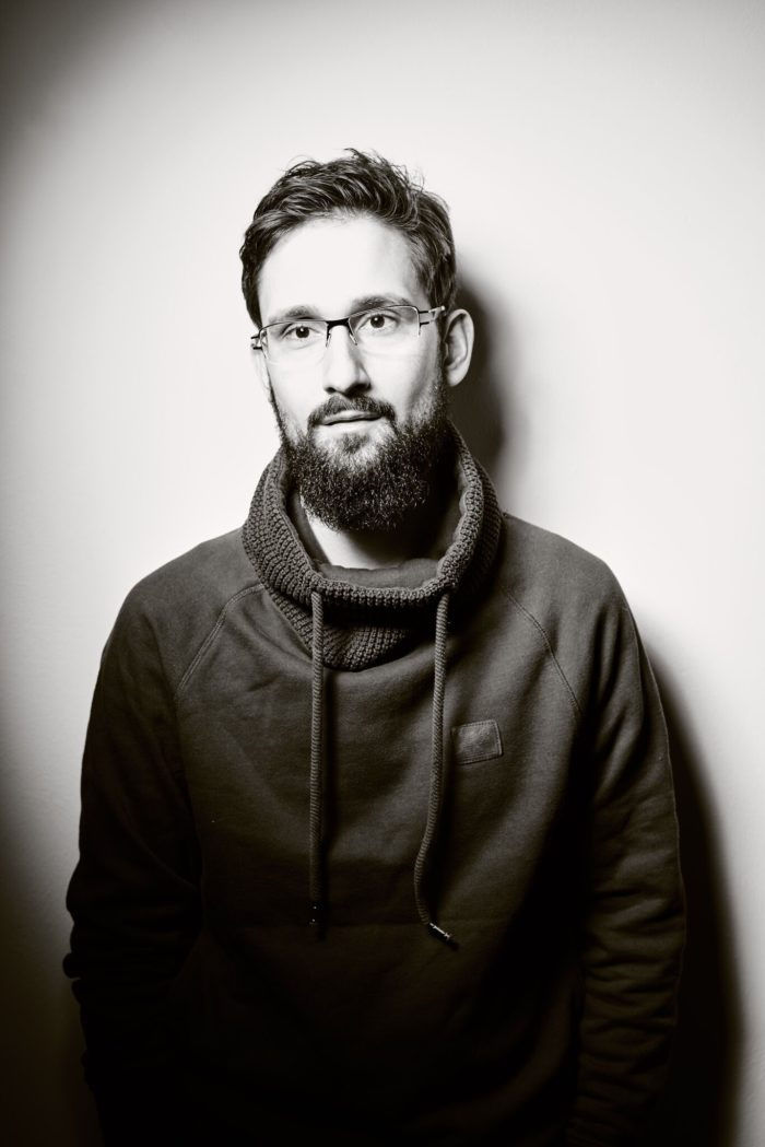 Portrait Florian Schwarz Weiß